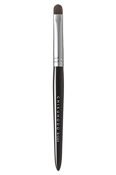 CHIKUHODO Concealer brush. Кисть для нанесения консилера